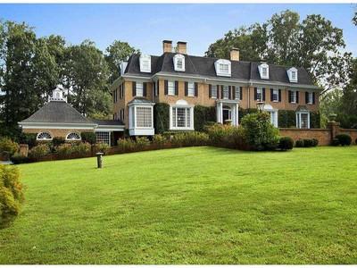 Villa for sales at Spectacular Buckhead Estate 711 Broadland Road NW Atlanta, Georgia 30327 Stati Uniti