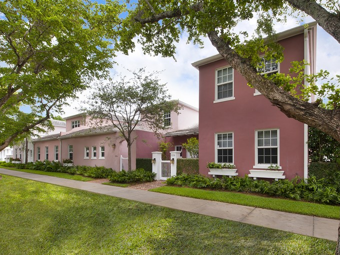 Townhouse for sales at 536 Loretto Avenue Unit 22  Coral Gables, Florida 33146 United States