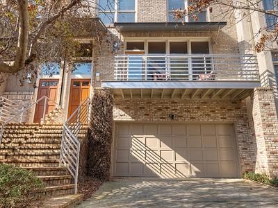 Adosado for sales at Luxury Townhomes 1290 Fernwood Circle NE Atlanta, Georgia 30319 Estados Unidos
