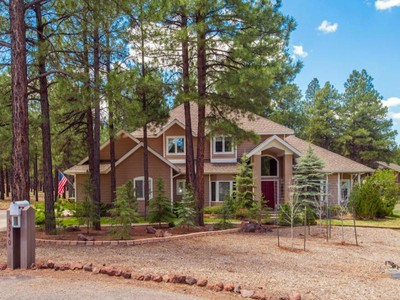 獨棟家庭住宅 for sales at Elegant Equestrian Home 3340 S Trotter LN  Flagstaff, 亞利桑那州 86001 美國