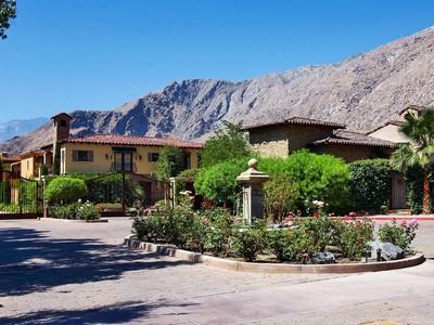 Eigentumswohnung for sales at 342 Villaggio  Palm Springs, Kalifornien 92262 Vereinigte Staaten