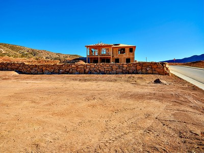 Terreno for sales at Wonderful views of Valley and Pine Valley Mountain Large Lot 2933 S Kings Court Ln St. George, Utah 84780 Estados Unidos