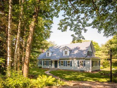 Casa para uma família for sales at Pleasant Ridge 20 Pleasant Ridge  Camden, Maine 04843 Estados Unidos