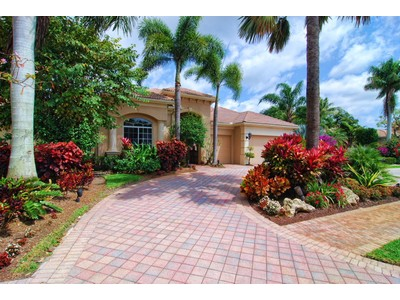 Single Family Home for sales at 106 Vintage Isle Lane  Palm Beach Gardens, Florida 33418 United States