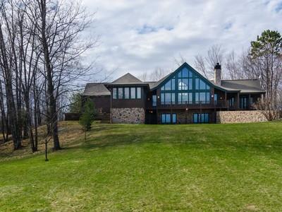 Casa Unifamiliar for sales at Oxbow Lake 58452  State Hwy 65  McGregor, Minnesota 55760 Estados Unidos