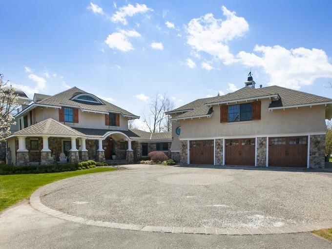 Maison unifamiliale for sales at Oceanport 18 Morris Place  Oceanport, New Jersey 07757 États-Unis