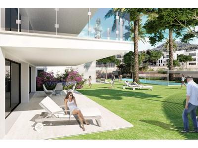 아파트 for sales at Ground floor flat with sea access in Camp de Mar  Camp De Mar, 말로카 07157 스페인
