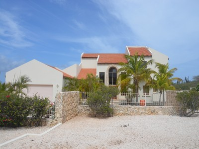 Casa Unifamiliar for sales at Bella Vista 12 Malmok, Aruba Aruba