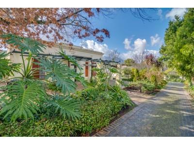獨棟家庭住宅 for sales at Landmark Home in Stellenbosch  Stellenbosch, 西開普省 7600 南非