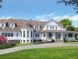 一戸建て for sales at Hamptons Shingle Style Center Hall colonial 4 Magnolia Place Rye, New York 10580 United States