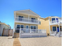 Casa multifamiliare for sales at Beachfront Home 387 Beach Front   Manasquan, New Jersey 08736 Stati Uniti
