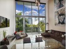 Eigentumswohnung for sales at 6000 Collins Ave. #308    Miami Beach, Florida 33140 Vereinigte Staaten