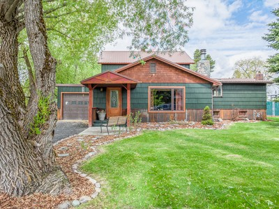 Maison unifamiliale for sales at 800 Colorado 800 Colorado Ave Whitefish, Montana 59937 États-Unis