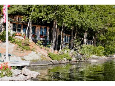 Nhà ở một gia đình for sales at Melrose Landing 27 Great Island  Newbury, New Hampshire 03255 Hoa Kỳ