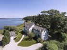 Maison unifamiliale for sales at Knollwood Beach 102 Knollwood Drive Old Saybrook, Connecticut 06475 États-Unis