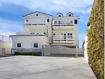 Casa para uma família for sales at San Clemnte 1529 Buena Vista #A   San Clemente, Califórnia 92672 Estados Unidos