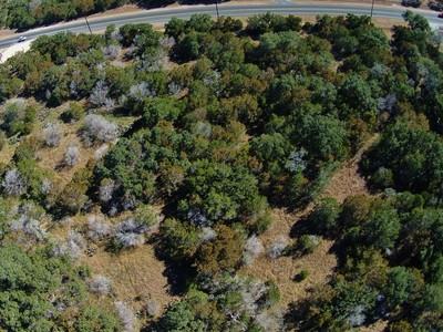 Land for sales at Beautiful 3+/- Acre Lot Lot 12 Smithson Valley Rd San Antonio, Texas 78261 Vereinigte Staaten