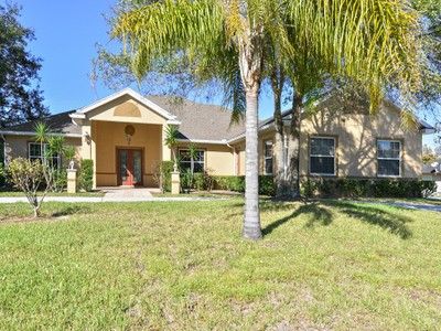 Nhà ở một gia đình for sales at Longwood, Florida 1570 Rebeccal Place   Longwood, Florida 32779 Hoa Kỳ