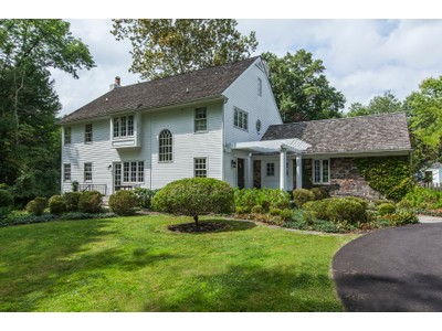 Maison unifamiliale for sales at Captivating Timelessness, Inside And Out - Hopewell Township 305 Carter Road Princeton, New Jersey 08540 États-Unis
