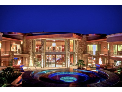 Einfamilienhaus for sales at Extraordinary Gated Contemporary Paradise Valley Estate 5335 N Invergordon Rd   Paradise Valley, Arizona 85253 Vereinigte Staaten