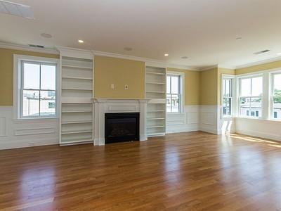Nhà chung cư for sales at 49 L Street- Unit 6  Boston, Massachusetts 02127 Hoa Kỳ