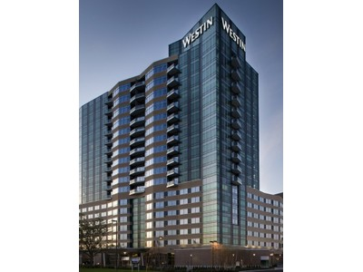 Condominio for sales at 3209 Galleria , Edina, MN 55435 3209 Galleria #1006 Edina, Minnesota 55435 Stati Uniti