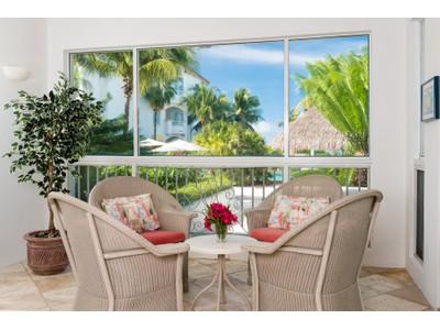 Condominio for sales at The Mansions - Suite 1104 Beachfront Grace Bay, Providenciales TCI Islas Turcas Y Caicos