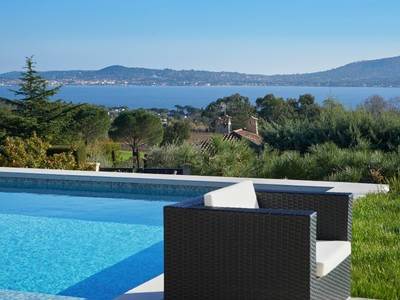 Single Family Home for sales at grimaud  Grimaud, Provence-Alpes-Cote D'Azur 83310 France