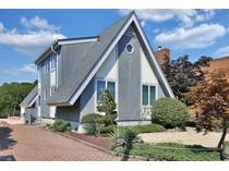 단독 가정 주택 for sales at Bayfront Home 64 Lenape Trl   Brick, 뉴저지 08724 미국