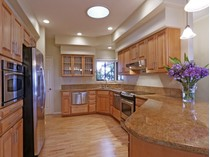 Maison unifamiliale for sales at 79 Kulamanu Circle, Kula    Kula, Hawaii 96790 États-Unis