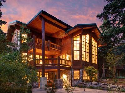 Villa for sales at Deer Valley Masterpiece 7850 Aster Ln Park City, Utah 84060 Stati Uniti