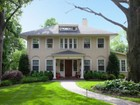 Casa Unifamiliar for  sales at Fabulous and Spacious 151 Christopher Street Montclair, Nueva Jersey 07042 Estados Unidos