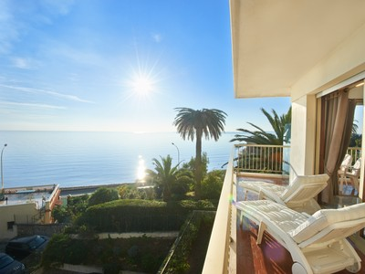 Apartamento for sales at Cannes Palm Beach, seaside apartment for sale with panoramic sea views  Cannes, Provincia - Alpes - Costa Azul 06400 Francia