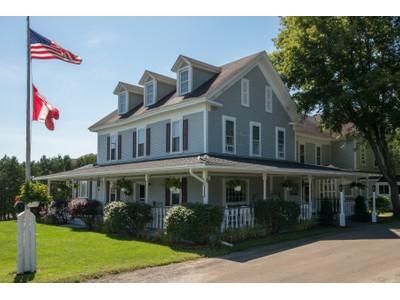 Outros residenciais for sales at The Westport Hotel & Tavern 6691 Main St Westport, Nova York 12993 Estados Unidos