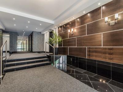 Wohnung for sales at Montréal 1520 Av. du Docteur-Penfield, apt. 35 Montreal, Quebec H3G1B8 Kanada