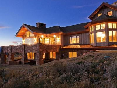 独户住宅 for sales at Fully Furnished with Full Golf Membership Deposit 2944 Saddleback Dr Lot 24  Park City, 犹他州 84098 美国