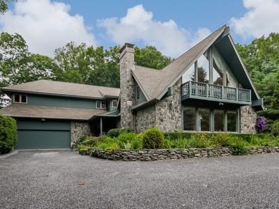 Maison unifamiliale for sales at Concord 199 Concord Dr  Madison, Connecticut 06443 États-Unis