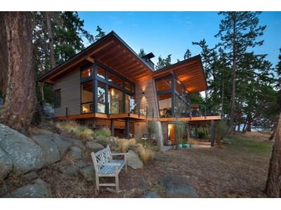 Casa para uma família for sales at Stunning Saturna Island Retreat 104 Trueworthy Road   Saturna Island, Columbia Britanica V0N2Y0 Canadá