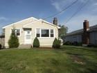 Maison unifamiliale for  sales at 114 4th Avenue    Stratford, Connecticut 06615 États-Unis