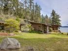 Maison unifamiliale for  sales at 2027 Neck Point Rd   Shaw Island, Washington 98286 États-Unis