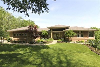 Maison unifamiliale for sales at 1327 S Springs Drive  Spring Green, Wisconsin 53588 États-Unis