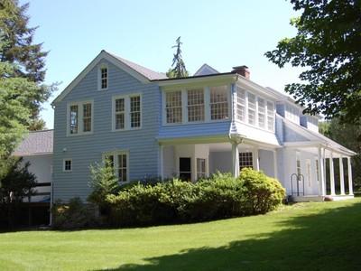 Tek Ailelik Ev for sales at Antique Colonial 203 Redding Road Redding, Connecticut 06896 Amerika Birleşik Devletleri