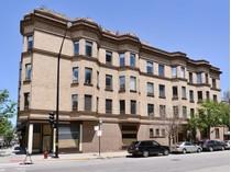 Частный односемейный дом for sales at River North Loft Penthouse 501 N Wells Street Unit 3  Near North Side, Chicago, Иллинойс 60610 Соединенные Штаты