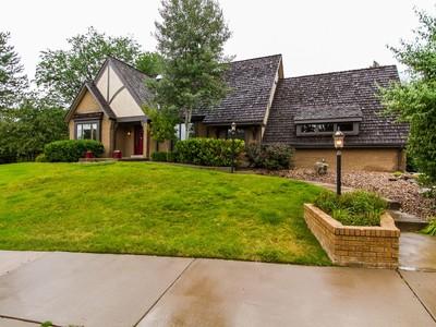 Einfamilienhaus for sales at 5619 S Ivy Ct  Greenwood Village, Colorado 80121 Vereinigte Staaten