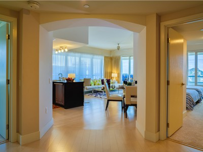Condominio for sales at Allure Waikiki Penthouse 1837 Kalakaua Ave., #PH3504 Allure Waikiki  Honolulu, Hawaii 96815 Estados Unidos