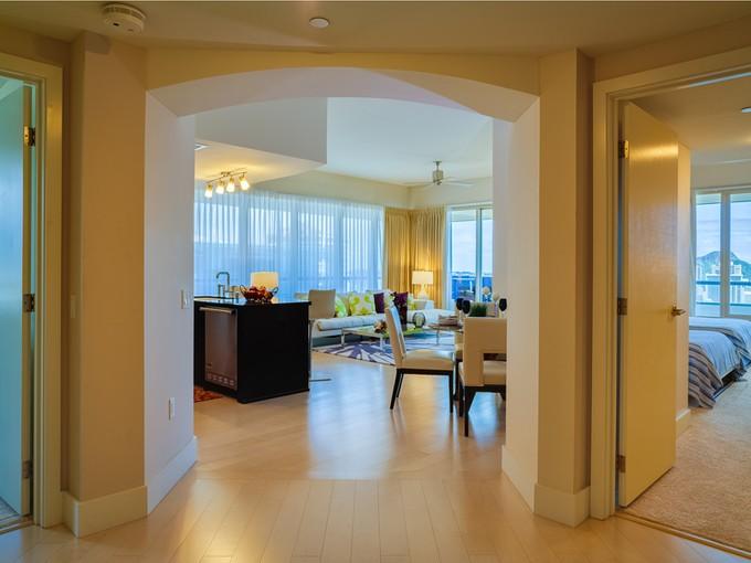 콘도미니엄 for sales at Allure Waikiki Penthouse 1837 Kalakaua Ave., #PH3504 Allure Waikiki  Honolulu, 하와이 96815 미국