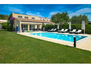 Maison unifamiliale for sales at Villa with flat garden and swimming pool  Saint Jean Cap Ferrat, Provence-Alpes-Cote D'Azur 06230 France