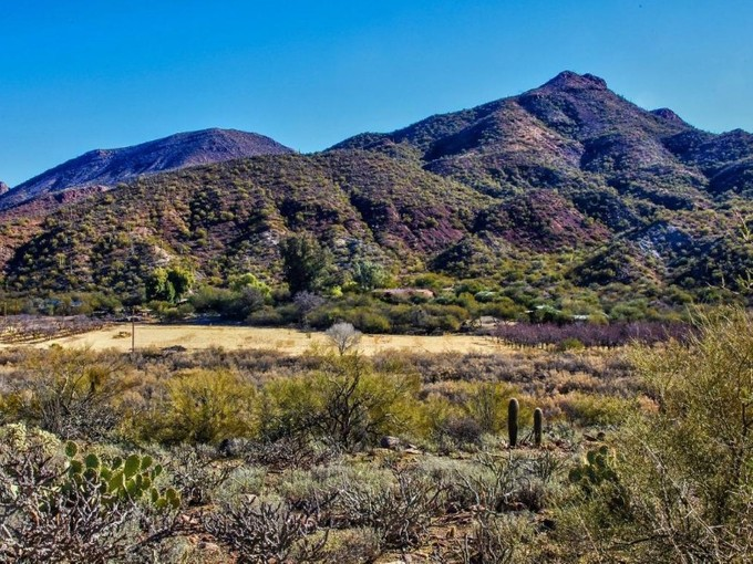 Đất đai for sales at 200 Acre Pristine Mountain Located in the Aravaipa Canyon with Mineral Rights 89395 E Aravaipa Rd 3   Winkelman, Arizona 85192 Hoa Kỳ