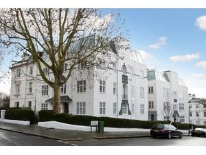 Additional photo for property listing at Lansdowne Rise Lansdowne Court Lansdowne Crescent London, England W112NW United Kingdom