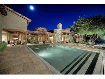 Einfamilienhaus for sales at Private Whisper Rock Estate Exudes Quality & Impeccable Design on 1.5 Acres 7720 E Lazy J Road Scottsdale, Arizona 85266 Vereinigte Staaten